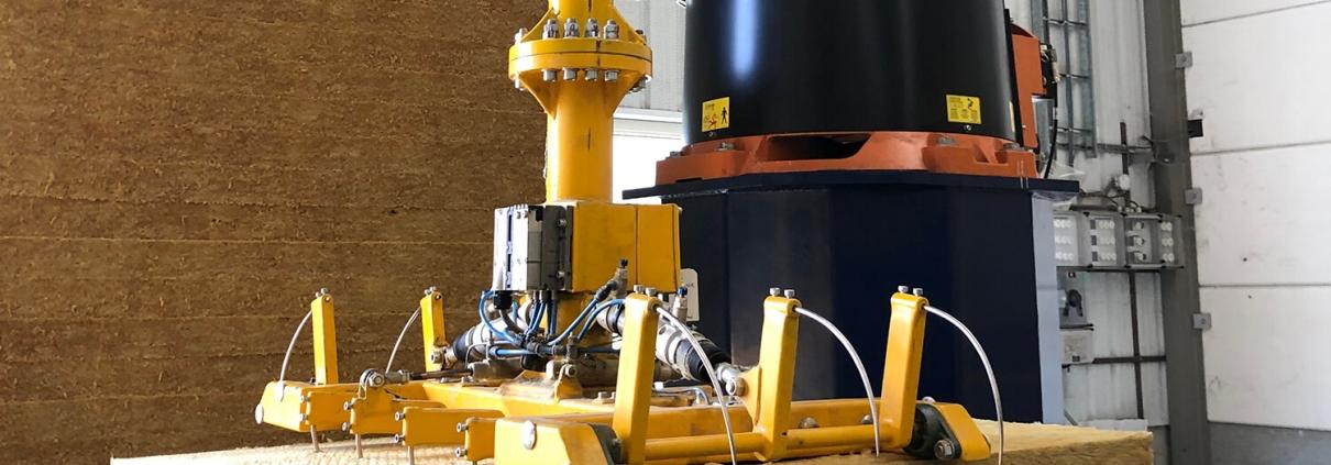 Pick & Place automatisering biedt de nodige ondersteuning bij grootschalige (robots) of kleinschalige (cobots) productie.